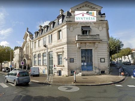 location professionnel Saintes