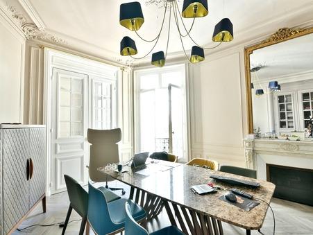 location professionnel Paris 8eme arrondissement