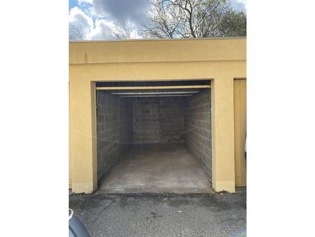 location parking Gardanne