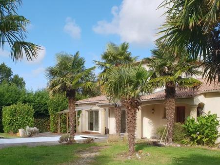 vente maison St augustin  472 000€
