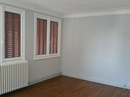location appartement USSEL  392€
