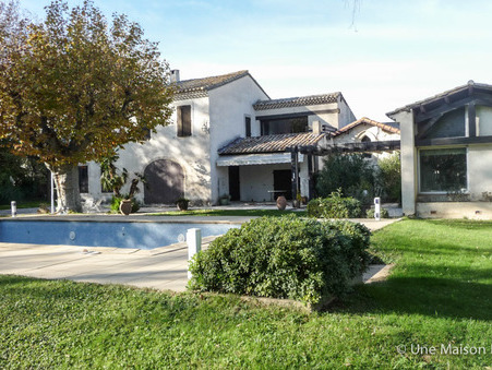 Maison avec jardin montfavet maison pavillon avec grand jardin for Acheter maison vaucluse