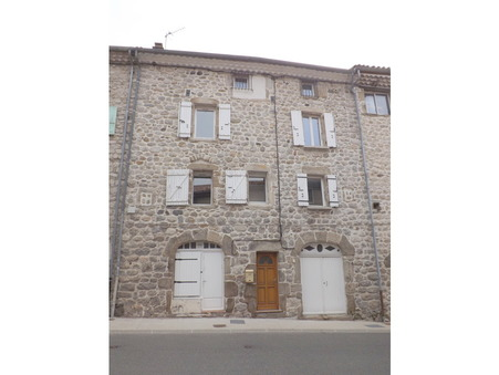 location maison JAUJAC