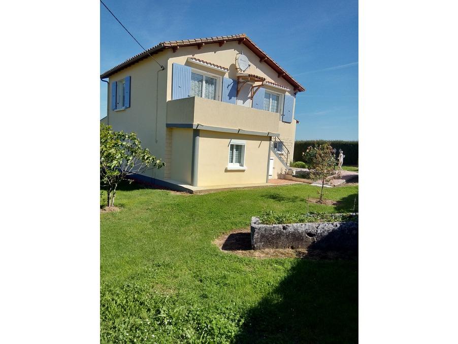Vente Maison  séjour 31 m²  SAINTES  241 500 €