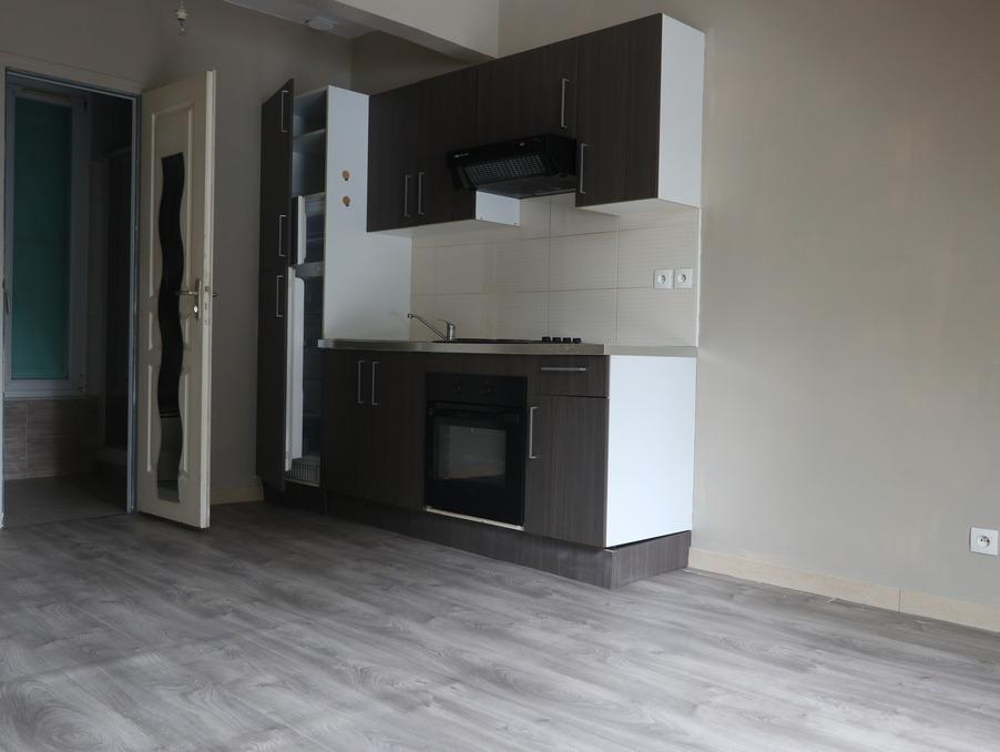 Location Appartement BEAUCHAMP  705 €