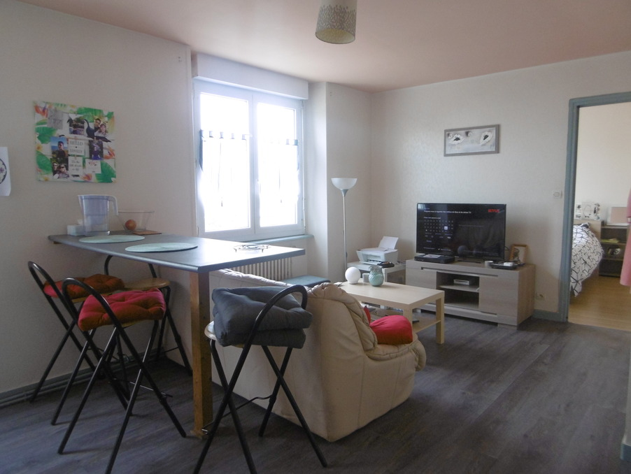 Location Appartement BREST  380 €
