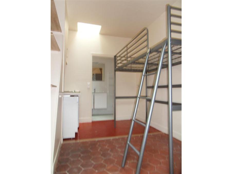 Location Appartement  PARIS 8EME ARRONDISSEMENT  545 €