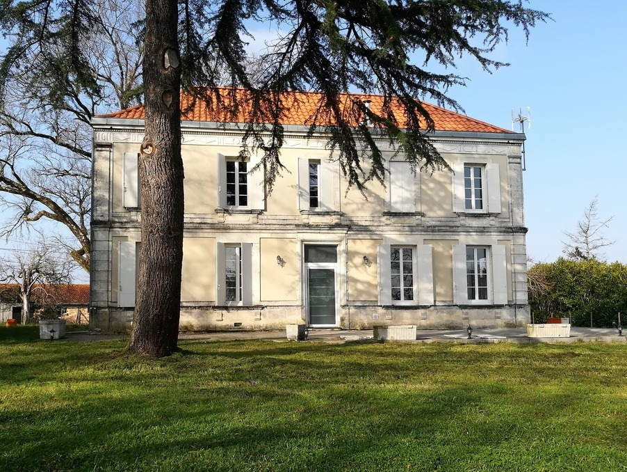 Location saisonniere Maison  séjour 65 m²  CERCOUX  264 €