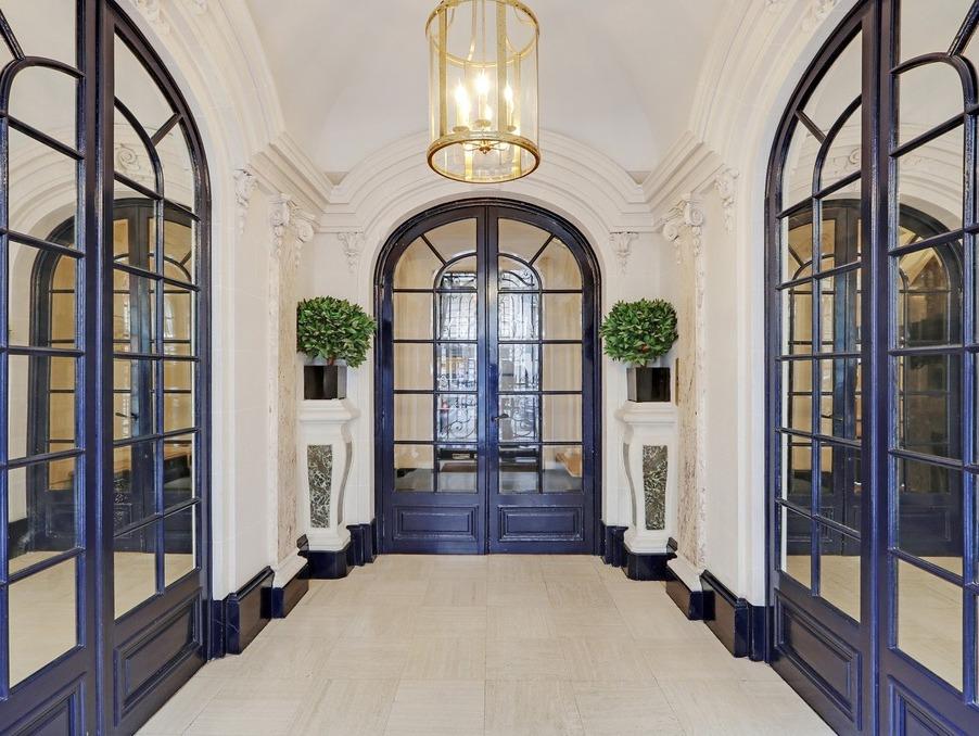 Vente Appartement  avec balcon  PARIS 15EME ARRONDISSEMENT 1 850 000 €