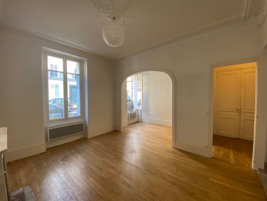 Location Appartement PARIS 8EME ARRONDISSEMENT 2