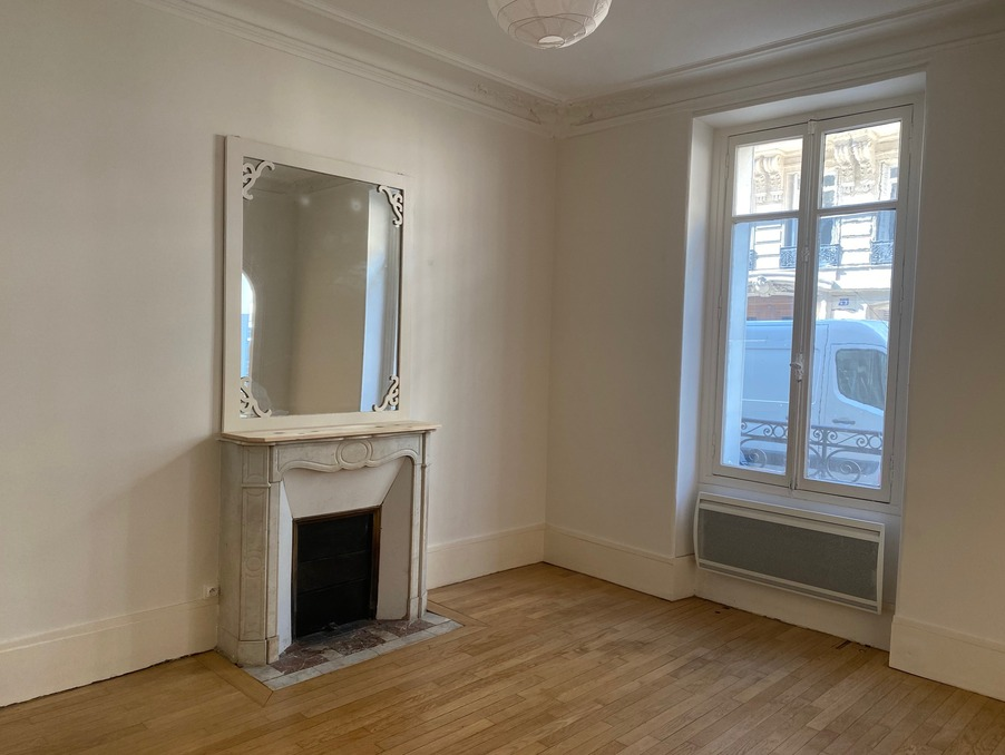 Location Appartement PARIS 8EME ARRONDISSEMENT 4