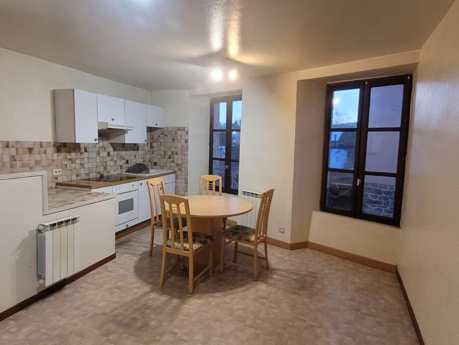 Location Appartement LANGOGNE  310 €