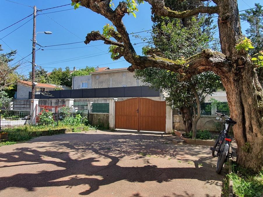 Vente Appartement VENISSIEUX  260 000 €