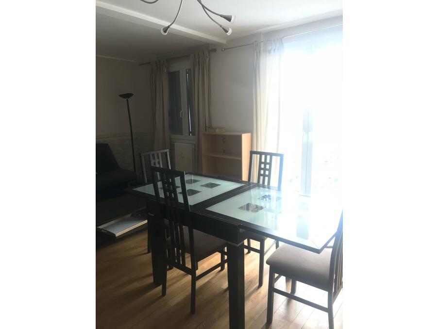 Location Appartement VILLEURBANNE 2