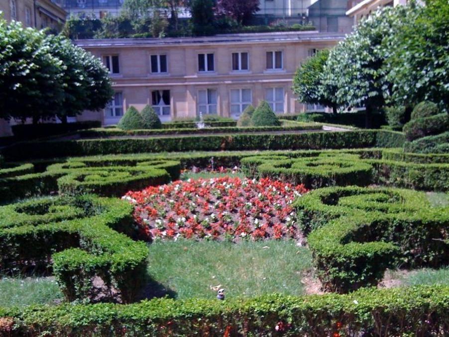 Location Appartement Paris 3e arrondissement 1 650 €