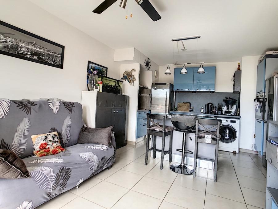 Vente Appartement Marseille 4e arrondissement  199 500 €
