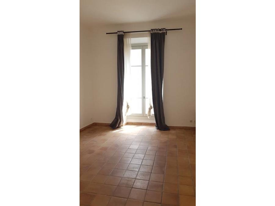Location Appartement Avignon  450 €