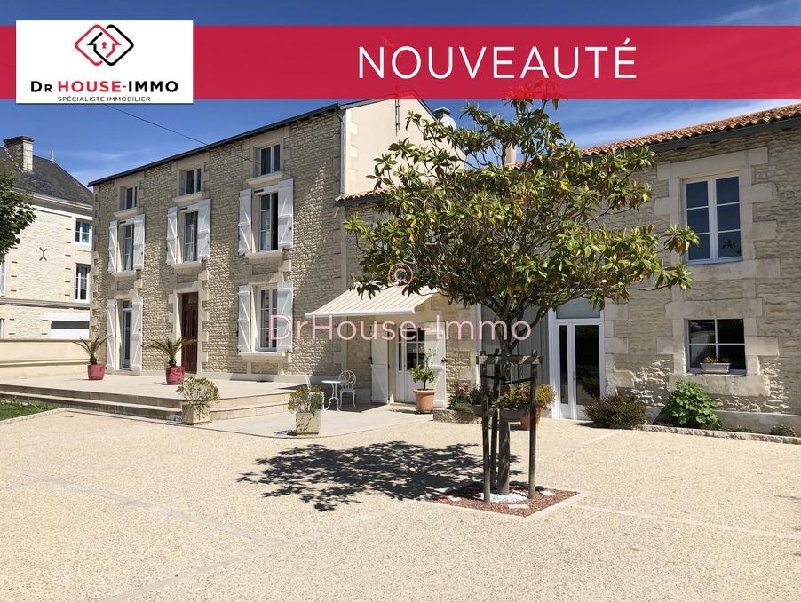Vente Maison Neuville de poitou  332 900 €