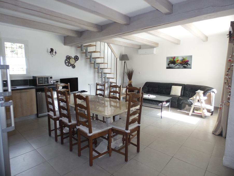Location Appartement Laudun  750 €