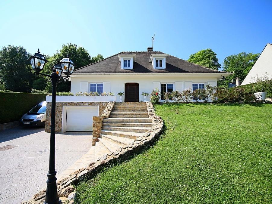 Vente Maison Saint-Jean-les-Deux-Jumeaux  470 000 €