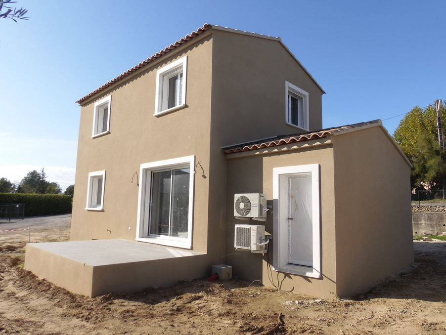 Location Maison Laudun  800 €