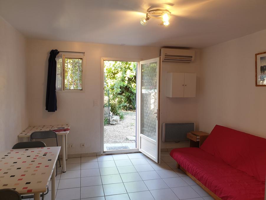 Location Appartement PEYROLLES EN PROVENCE  400 €