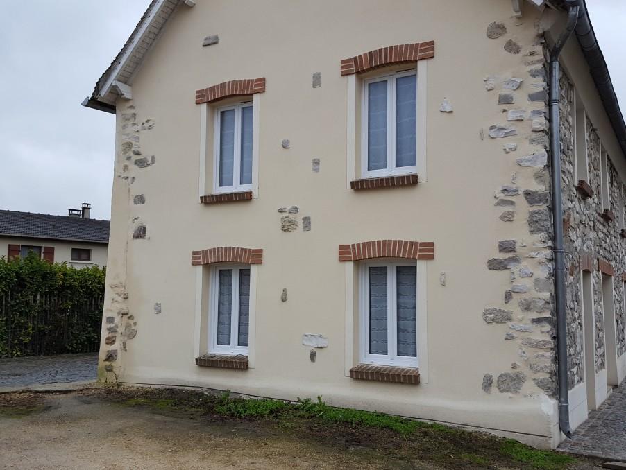 Location Appartement VILLERON  515 €