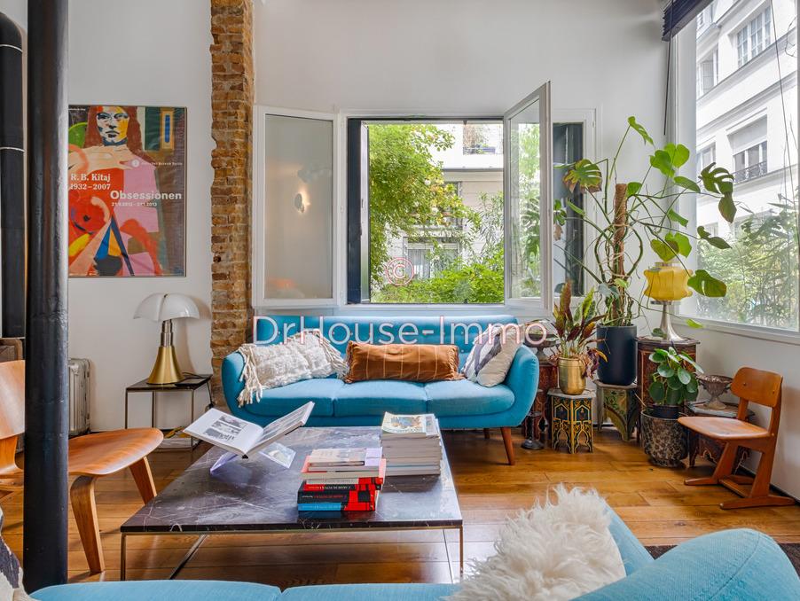 Vente Appartement  2 chambres  Paris  989 000 €