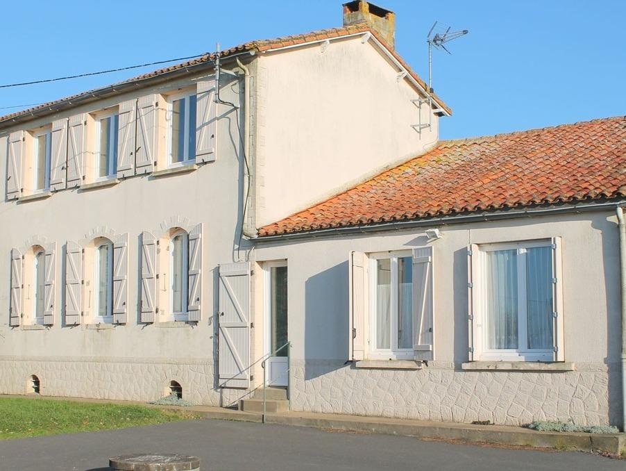 Vente Maison Saint-Maurice-des-Noues  126 000 €