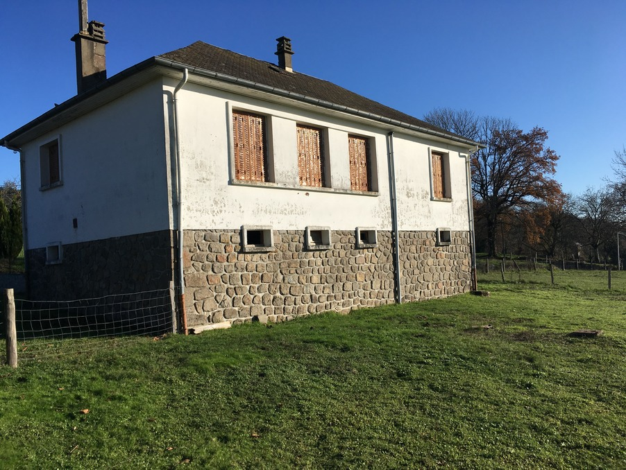 Vente Maison Sarroux 60 500 €
