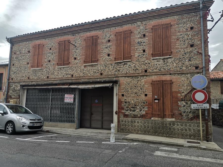 Vente Immeuble CARBONNE  250 000 €