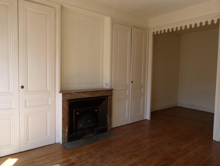 Location Appartement LYON 6EME ARRONDISSEMENT  728 €
