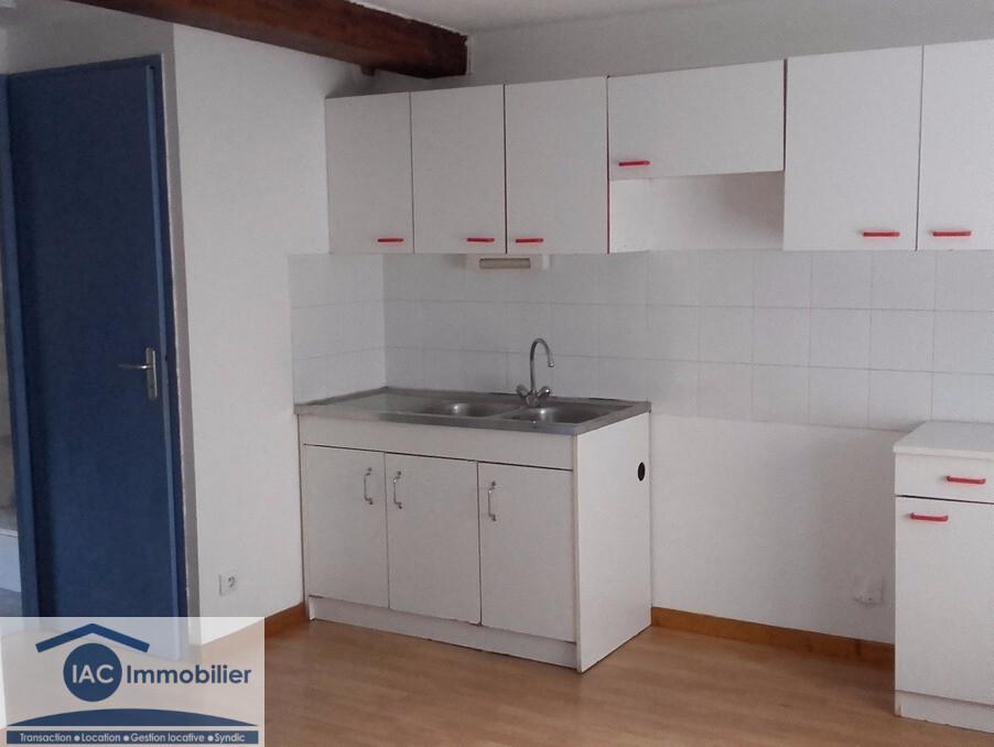Location Appartement Irigny  448 €