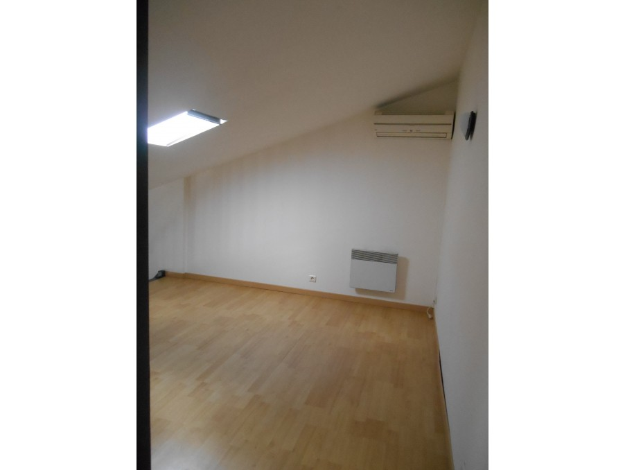 Location Appartement CHATEAUNEUF DE GADAGNE 8
