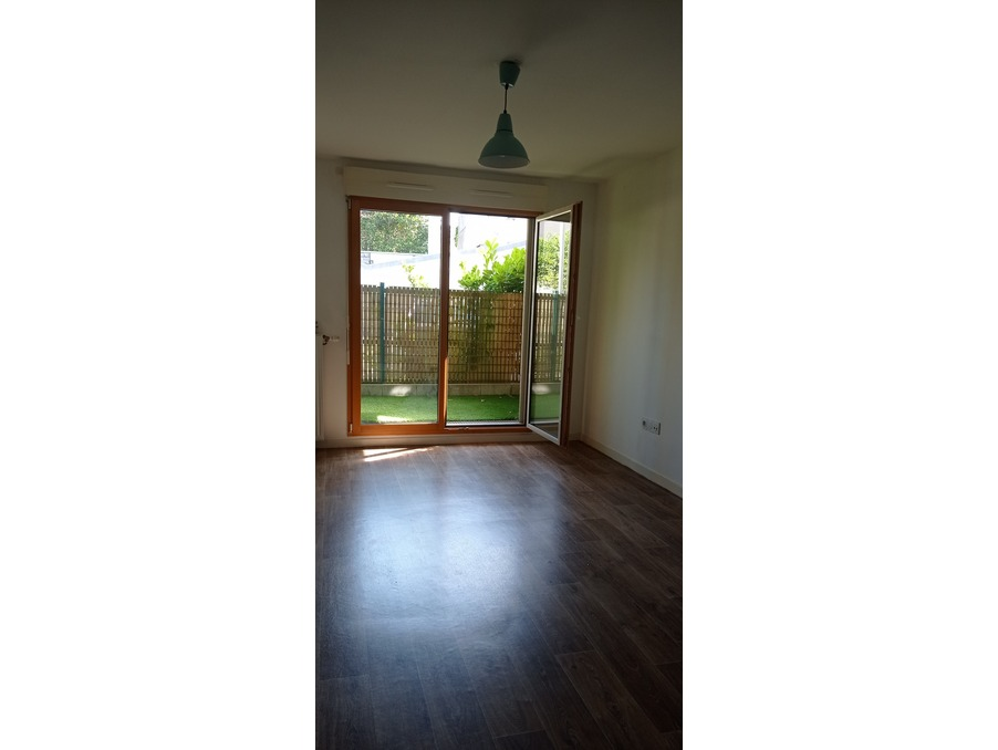 Location Appartement TAVERNY  940 €
