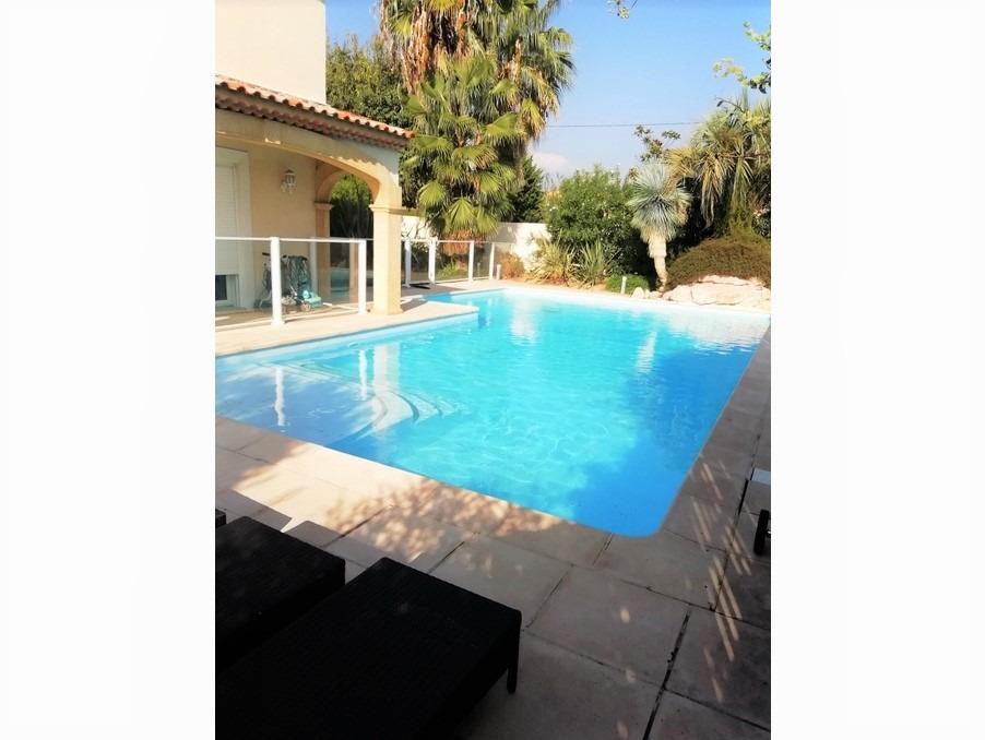 Vente Maison  avec jardin  PLAN DE CUQUES  950 000 €