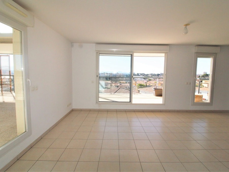 Location Appartement CHATEAU GOMBERT 6