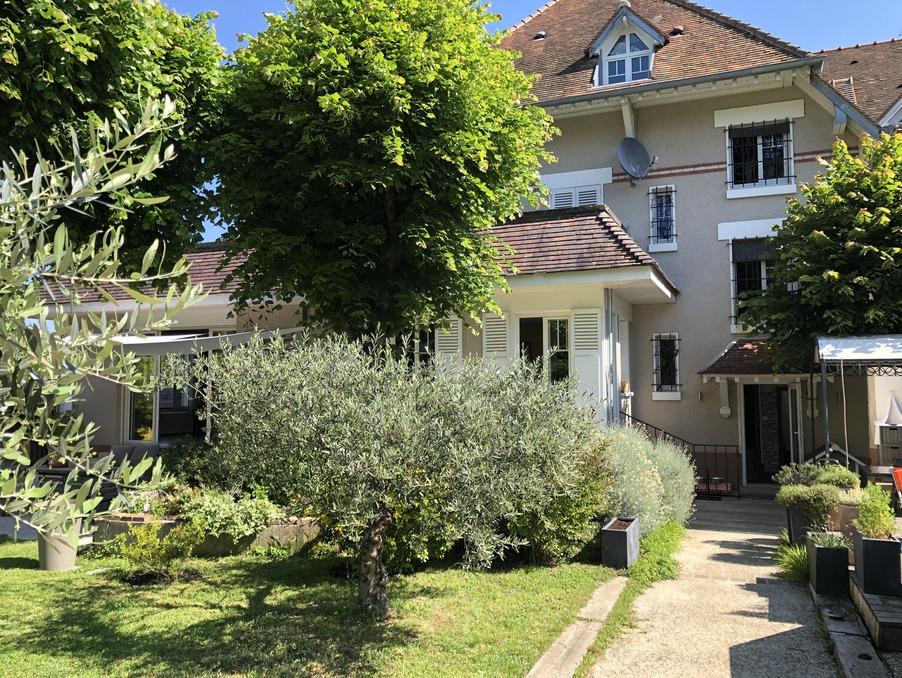 Vente Maison Fontainebleau  849 000 €