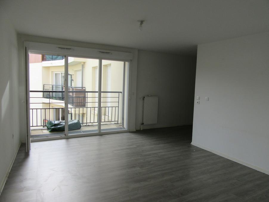 Location Appartement FONTENAY LE FLEURY 1 070 €