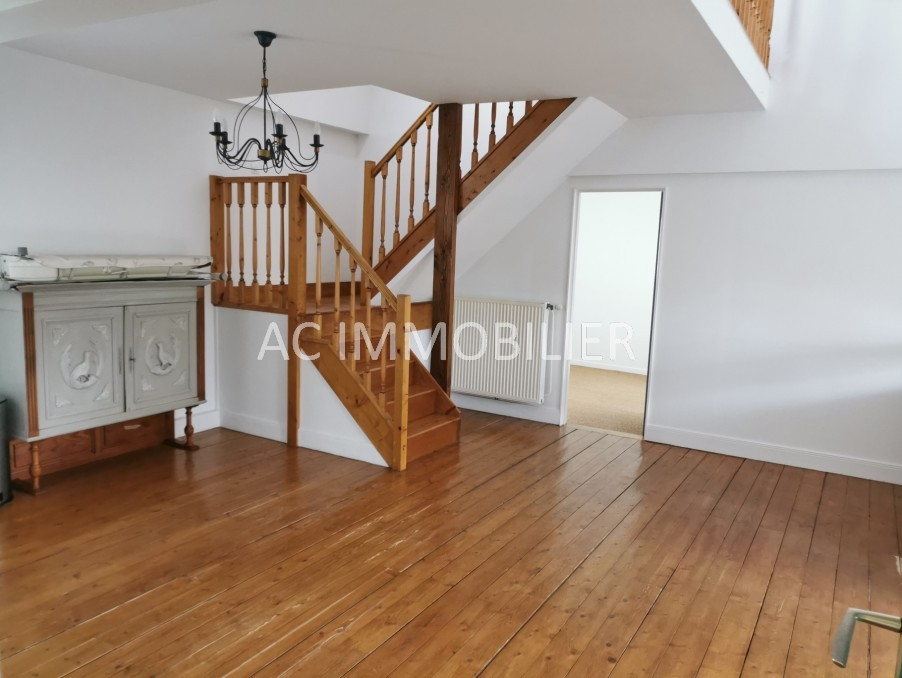Location Appartement HESDIN  600 €
