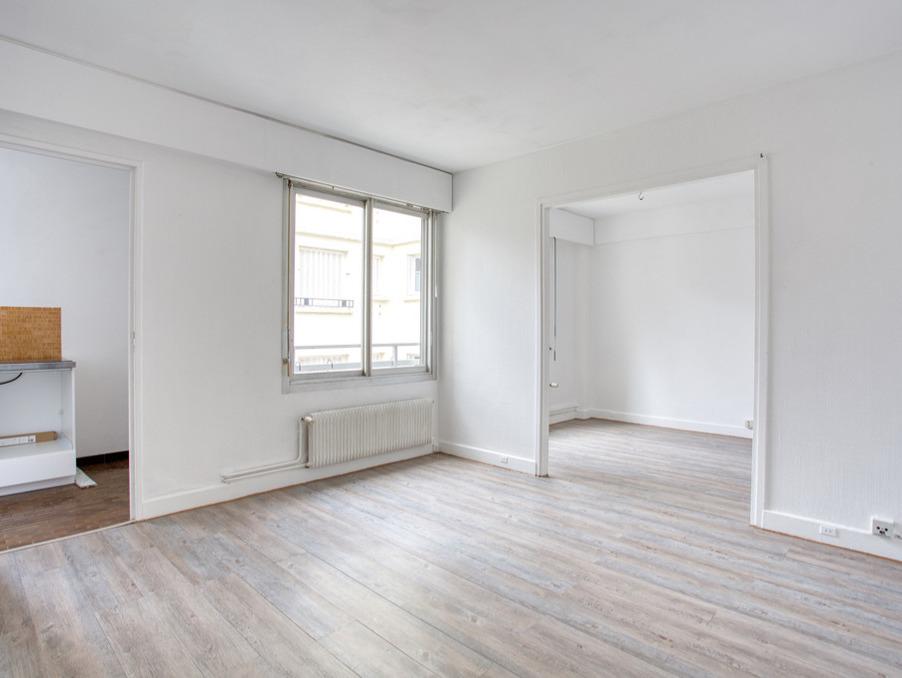 Vente Appartement Paris  388 000 €