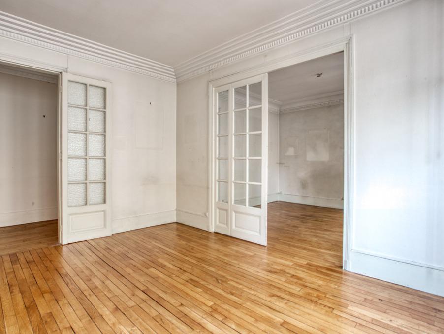 Vente Appartement Paris  672 000 €