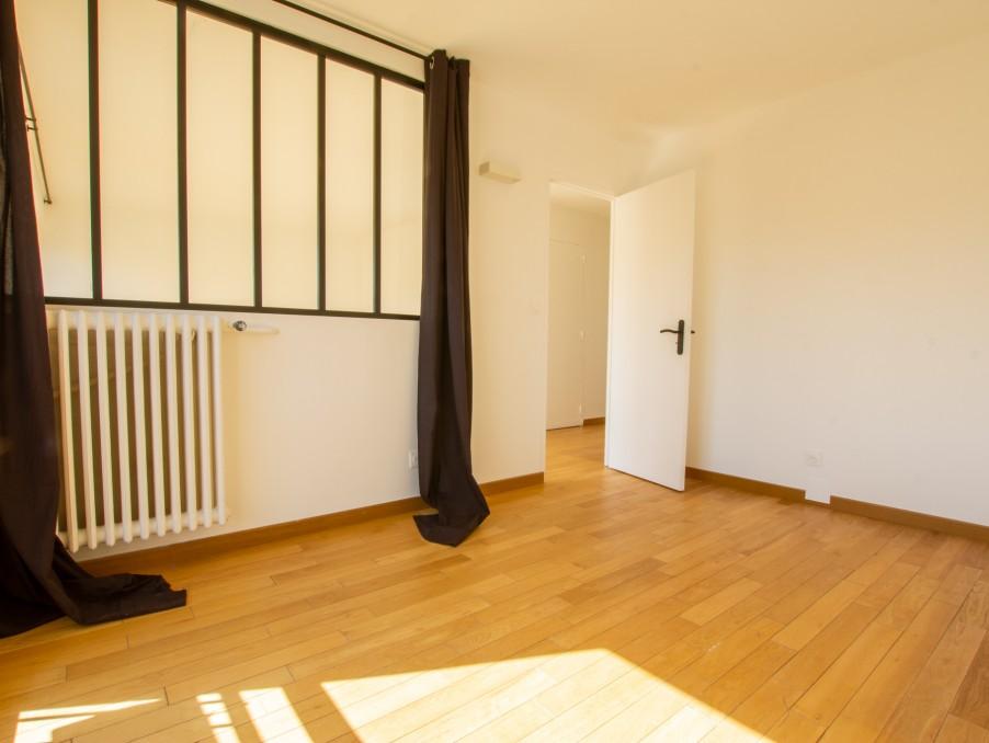 Location Appartement PARIS 15EME ARRONDISSEMENT 1 630 €