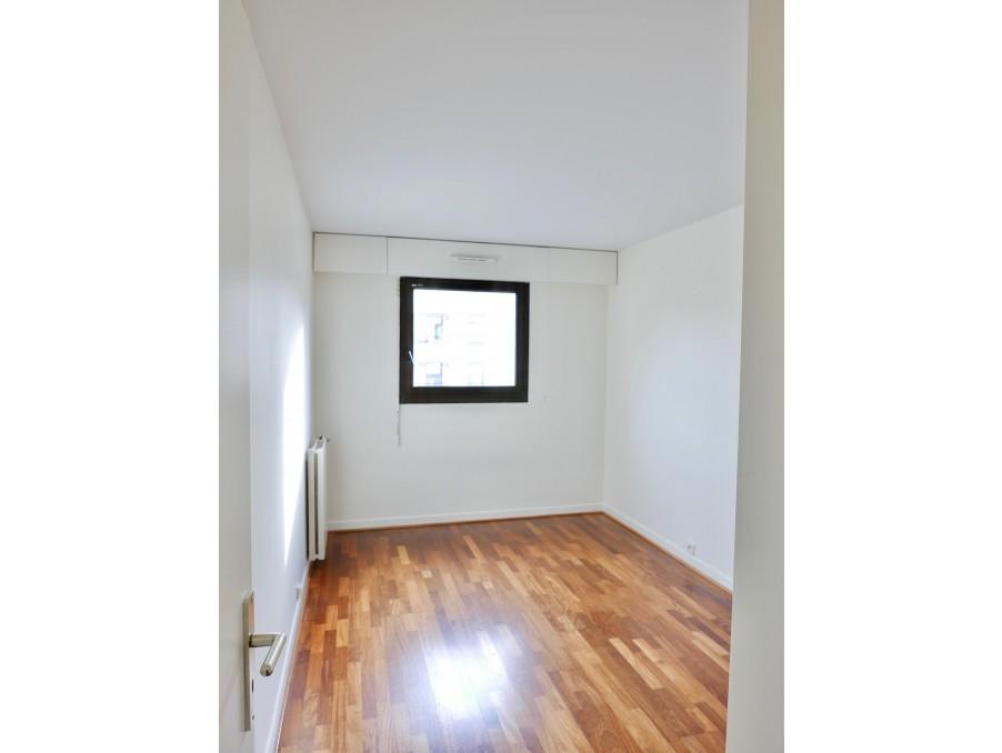 Location Appartement LEVALLOIS PERRET 24