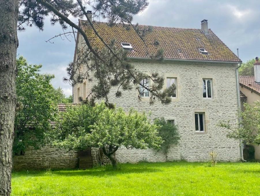 Vente Propriete  Saint-Victor-sur-Ouche  549 000 €