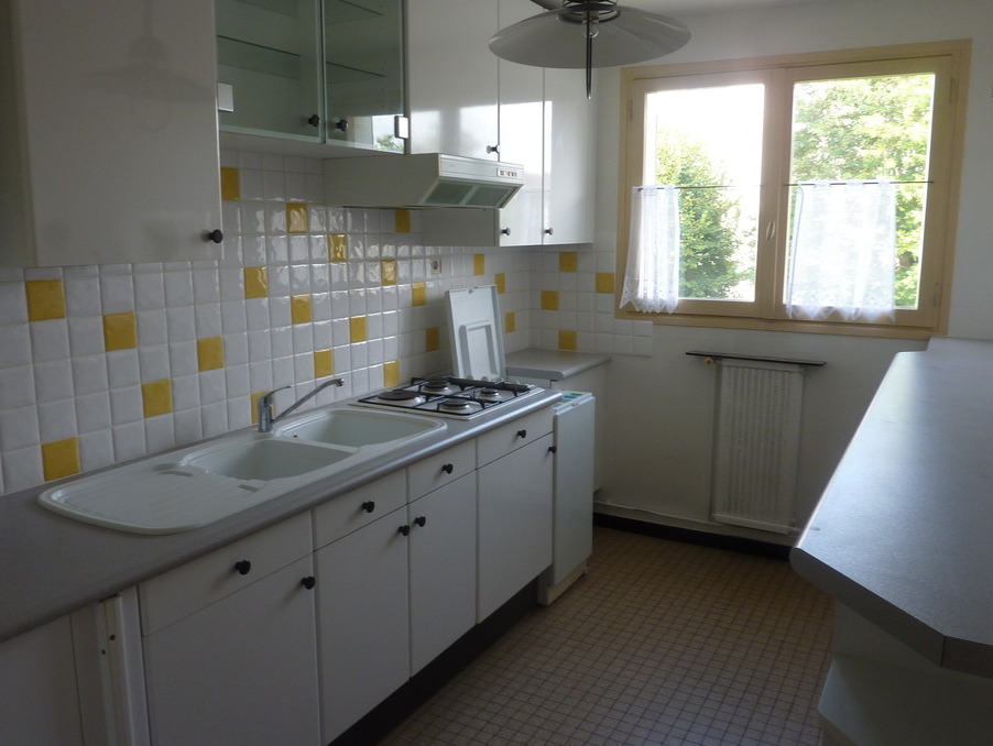 Location Appartement TAVERNY  770 €