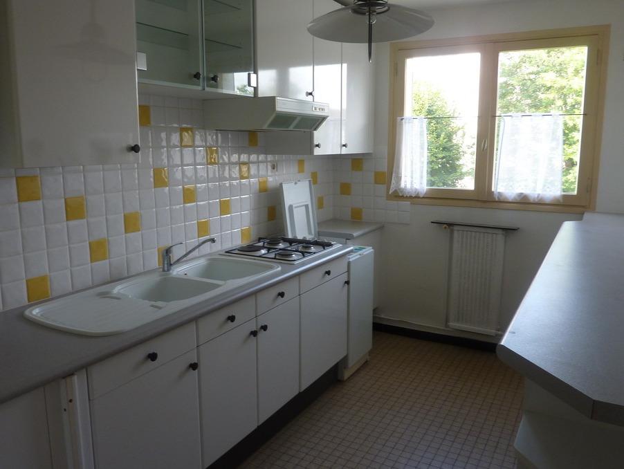 Location Appartement  séjour 18 m²  TAVERNY  770 €