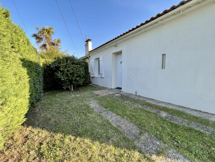Location Appartement LE TAILLAN MEDOC  525 €