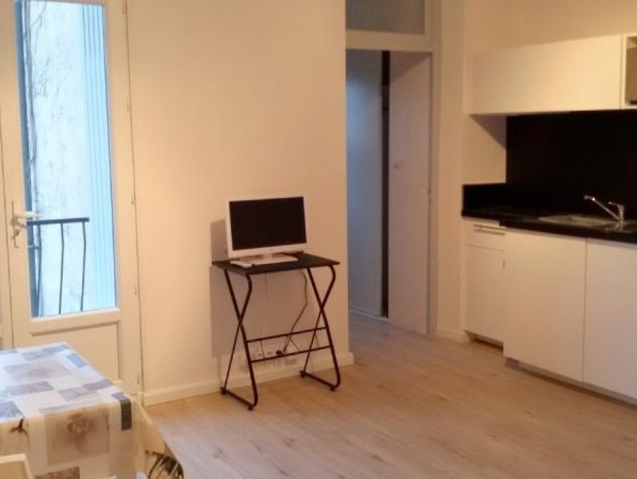 Location Appartement Toulouse  300 €