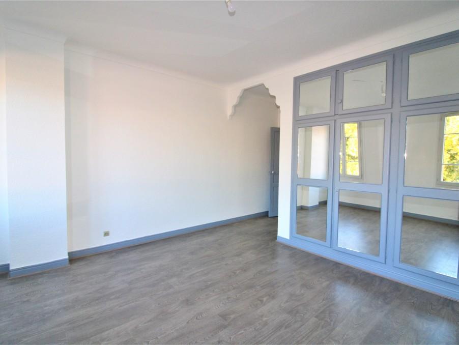 Location Appartement  1 salle de bain  TOULOUSE  749 €